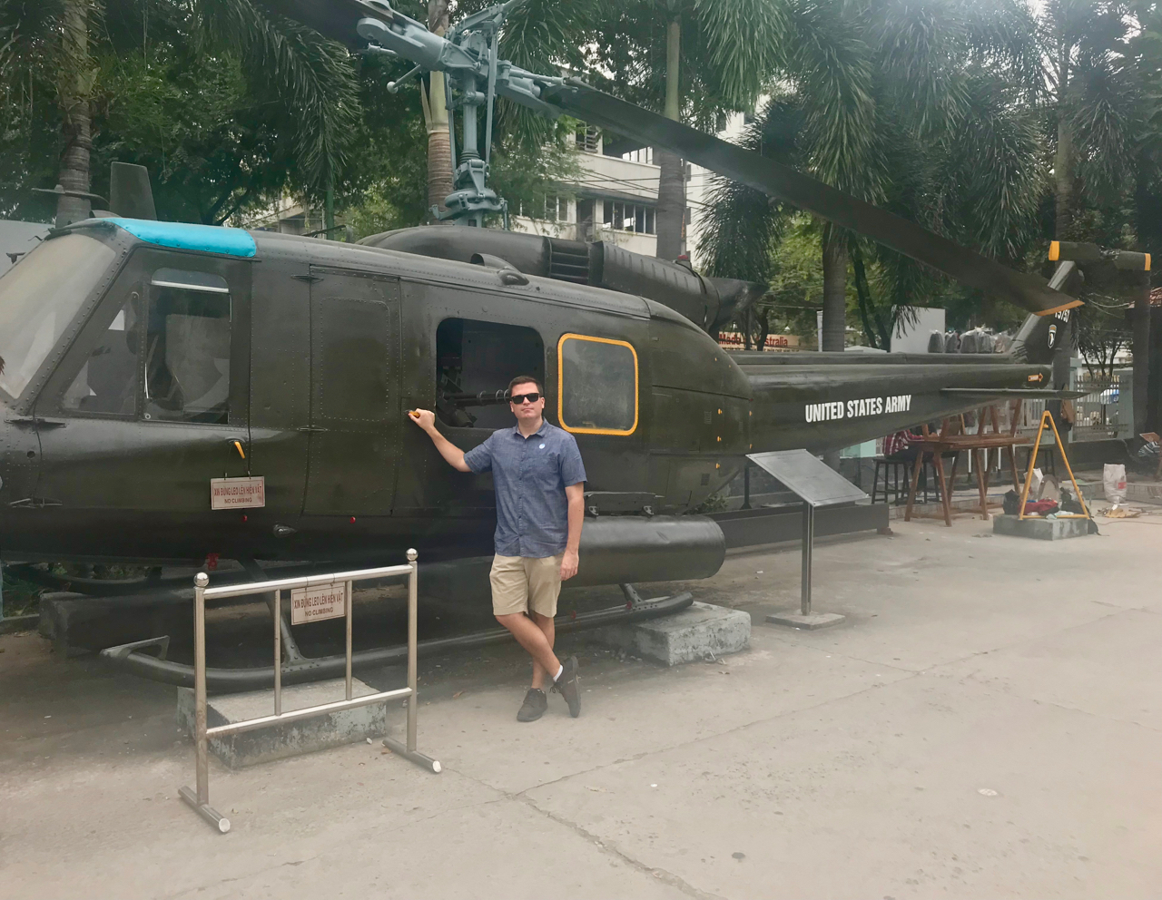 Vietnam - 1.jpg